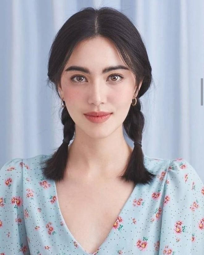 Đừng bao giờ học TWICE, hãy học Mai Davika nếu bạn muốn đánh má hồng đẹp chuẩn chỉnh - ảnh 8