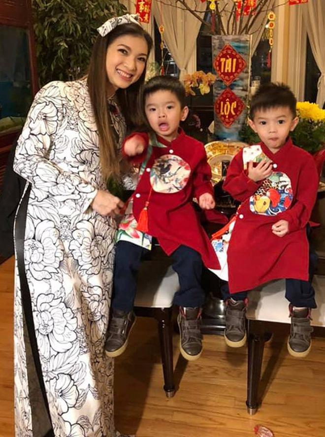 Phạm Thanh Thảo và chồng đại gia khui lu tiền USD khủng, toàn tiền lẻ nhưng cũng khiến netizen hoa mắt chóng mặt - ảnh 6