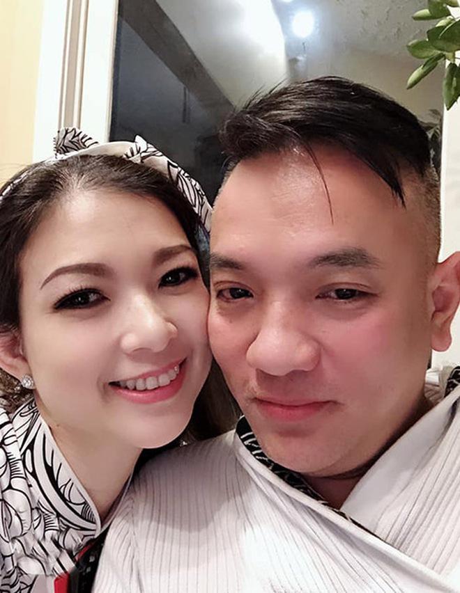 Phạm Thanh Thảo và chồng đại gia khui lu tiền USD khủng, toàn tiền lẻ nhưng cũng khiến netizen hoa mắt chóng mặt - ảnh 4