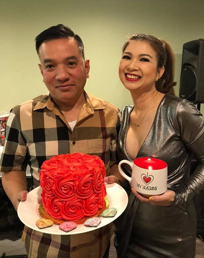 Phạm Thanh Thảo và chồng đại gia khui lu tiền USD khủng, toàn tiền lẻ nhưng cũng khiến netizen hoa mắt chóng mặt - ảnh 5