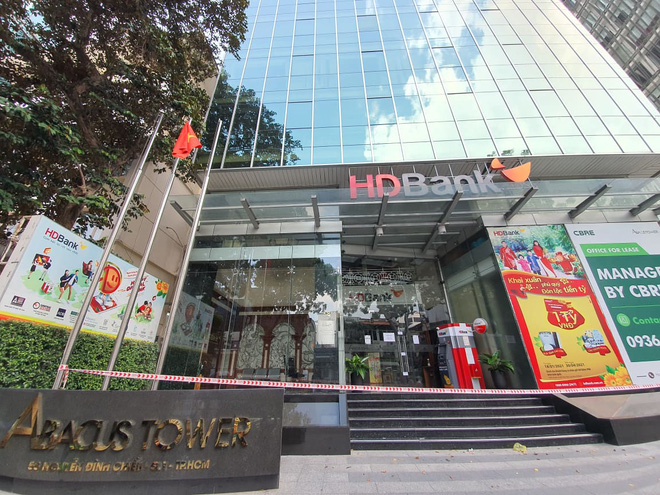 TP.HCM: Phong tỏa tạm thời một tòa nhà trên đường Nguyễn Đình Chiểu, quận 1 - ảnh 1