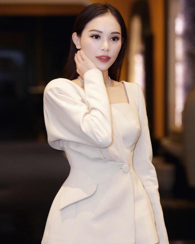 Thiếu gia nhà tỷ phú Johnathan Hạnh Nguyễn đăng ảnh chị ninja lạ mặt, hóa ra chính là bạn gái Linh Rin - ảnh 4