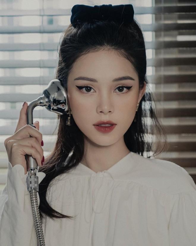 Thiếu gia nhà tỷ phú Johnathan Hạnh Nguyễn đăng ảnh chị ninja lạ mặt, hóa ra chính là bạn gái Linh Rin - ảnh 6