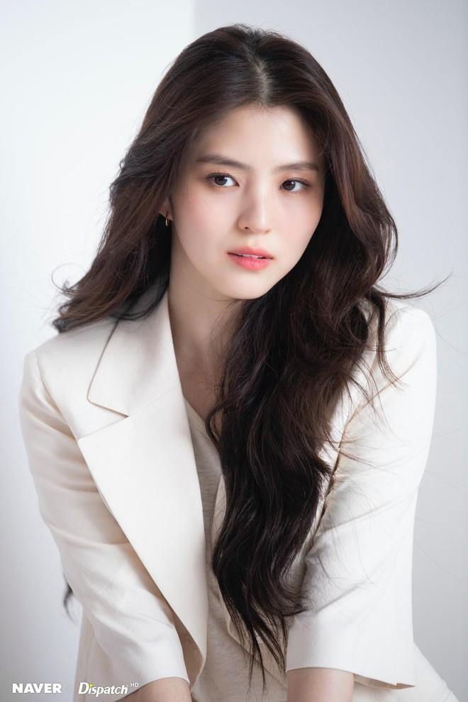 Tiểu Han So Heehóa ra có thật: Cả mặt lẫn makeup, tóc tai đều giống bản gốc, có nói là chị em ruột cũng hợp lý luôn - ảnh 4