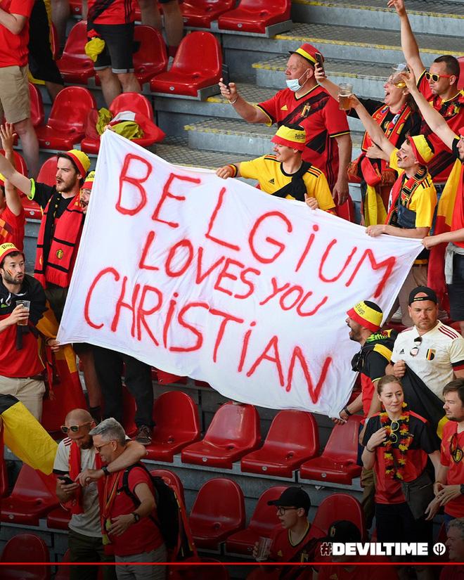 Giữ đúng lời hứa, tuyển Bỉ và Đan Mạch dừng bóng phút thứ 10 để tất cả cùng nhau vỗ tay tri ân Eriksen - ảnh 5