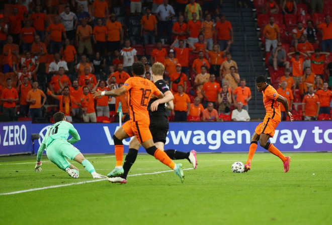 Thắng áp đảo tuyển Áo, Hà Lan chính thức bước tiếp vào vòng knock-out Euro - ảnh 6