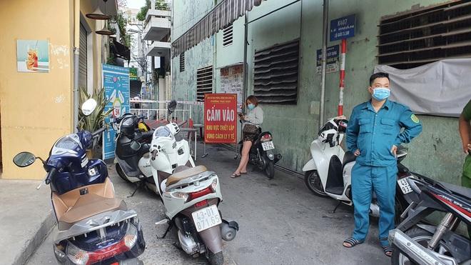 Nóng: Đà Nẵng phát hiện ca dương tính SARS-CoV-2 trong cộng đồng sau 30 ngày - ảnh 1