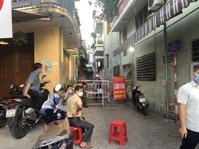 Nóng: Đà Nẵng phát hiện ca dương tính SARS-CoV-2 trong cộng đồng sau 30 ngày - ảnh 2