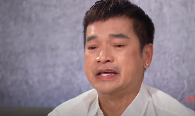 NS Quang Minh khóc nghẹn xin lỗi con gái, tâm sự về hôn nhân đổ vỡ với NS Hồng Đào - ảnh 4