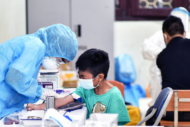 """Campuchia ghi nhận""""ngày chết chóc kỷ lục"""" – xác nhận các ca nhiễm biến chủng Delta - ảnh 1"""