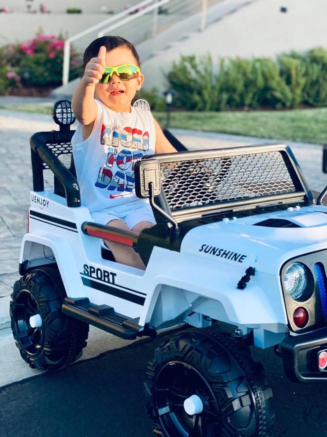 Rich kid ở Mỹ kiểu quý tử nhà Đan Trường: Đi trực thăng dạo phố, mê siêu xe và tận hưởng cuộc sống chuẩn giới thượng lưu - Ảnh 13.