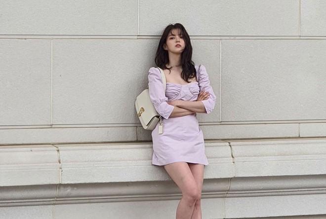 Han So Hee trẻ hơn 8 tuổi Park Min Young nhưng về gu thời trang thì có chắc là hơn không? - ảnh 10