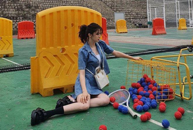 Han So Hee trẻ hơn 8 tuổi Park Min Young nhưng về gu thời trang thì có chắc là hơn không? - ảnh 7