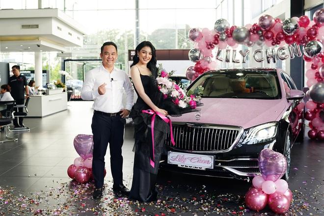 Tay sales Mẹc số 1 Việt Nam từng nhận 8 tỷ tiền mặt của LiLy Chen - mỹ nhân bị đồn yêu cùng 1 tỷ phú với Ngọc Trinh - ảnh 1