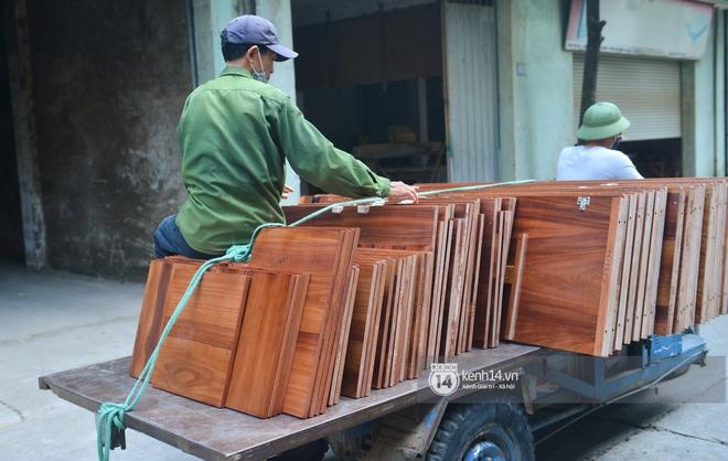 Vụ Hoài Linh bị tố nợ tiền gỗ xây dựng nhà thờ tổ: Người làng nghề mộc Liên Hà lên tiếng, chính quyền xã khẳng định cứng - ảnh 16