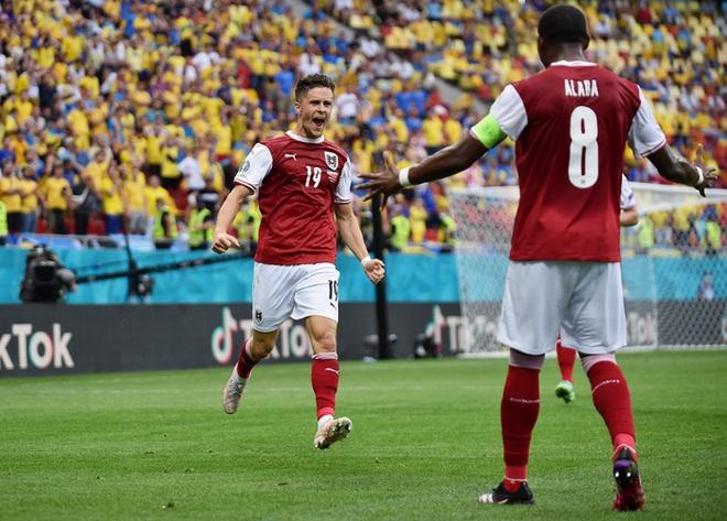 Đánh bại đối thủ trực tiếp Ukraine, tuyển Áo làm nên lịch sử tại Euro 2020 - ảnh 2