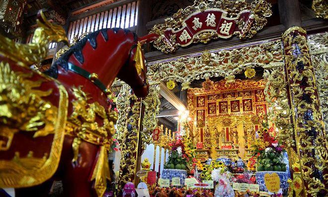 Toàn cảnh Nhà thờ Tổ 100 tỷ của NS Hoài Linh: Trải dài 7000m2, nội thất hoành tráng sơn son thiếp vàng, nuôi động vật quý hiếm - ảnh 15