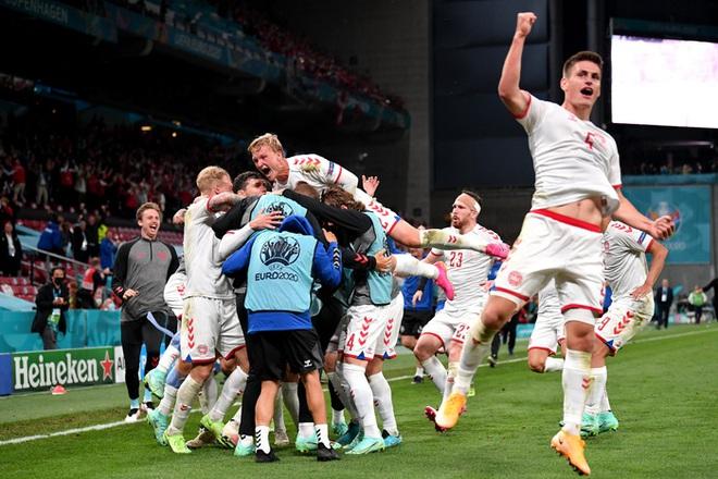 Báo chí thế giới ngã mũ thán phục trước màn thoát hiểm thần kỳ của Đan Mạch ở Euro 2020 - ảnh 1