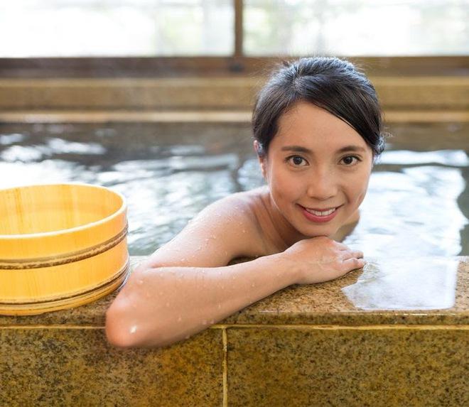 Học phụ nữ Nhật hack tuổi với 10 thói quen hàng ngày để luôn trẻ trung xinh đẹp - ảnh 7