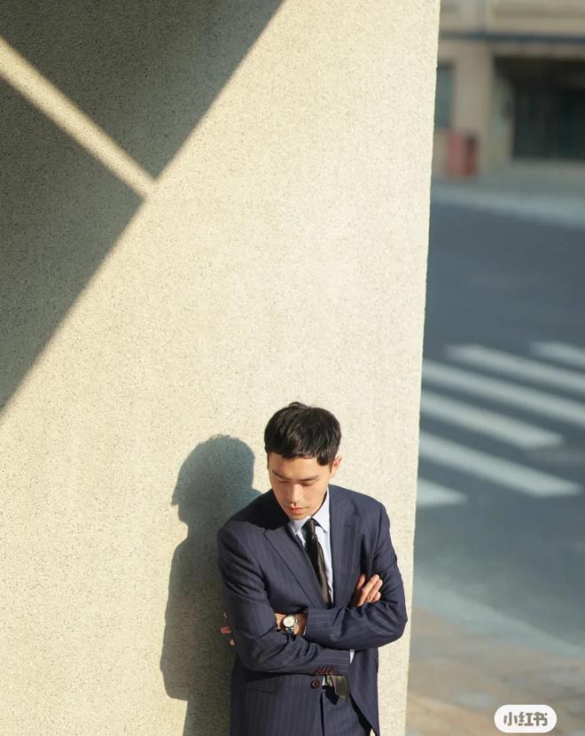 Dò hỏi tiền lương của đồng nghiệp, chàng trai bị sa thải ấm ức đi khắp nơi kiện cáo công ty - ảnh 1
