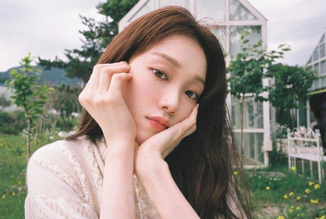 HOT: Tiên nữ cử tạ Lee Sung Kyung lộ bằng chứng hẹn hò nhân vật không thể ngờ tới sau 4 năm chia tay Nam Joo Hyuk? - ảnh 1