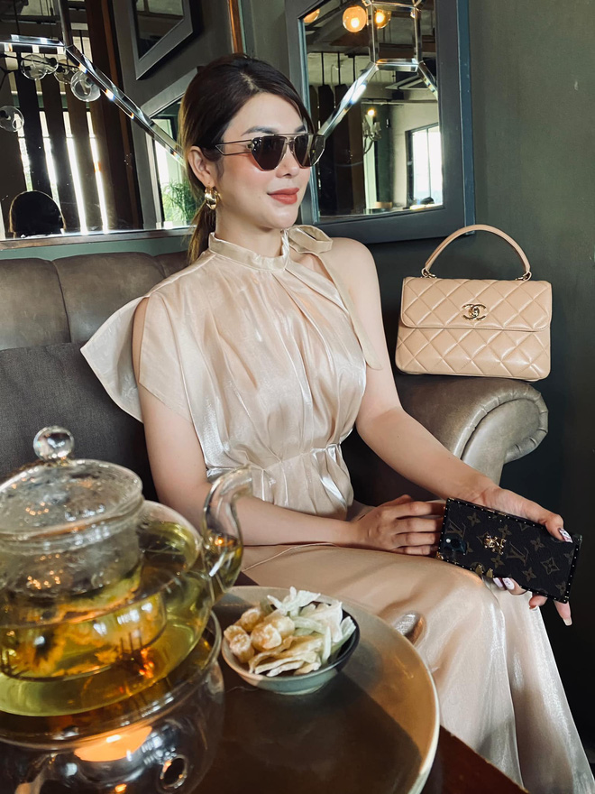 Sau nghi vấn chung bồ tỷ phú với Ngọc Trinh, Lily Chen bất ngờ tuyên bố muốn nghỉ ngơi nhưng lại vội quay xe chỉ trong ít phút - ảnh 6
