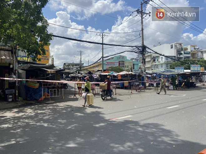 TP.HCM: Thông báo tìm người từng đến 18 địa điểm ở quận Tân Phú - ảnh 1