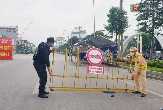 Chính thức gỡ bỏ giãn cách xã hội với toàn bộ thành phố Bắc Giang - Ảnh 1.
