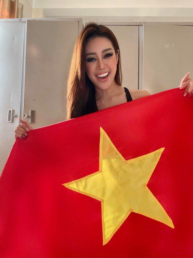 Hoa hậu Khánh Vân cuối cùng đã hoàn thành 21 ngày cách ly hậu Miss Universe 2020, tung bộ ảnh kỷ niệm mà visual ấn tượng quá - Ảnh 5.