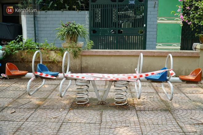 Hà Nội: Phong toả hàng loạt máy tập thể dục ngoài trời, khu vui chơi trẻ em để phòng dịch Covid-19 - ảnh 8
