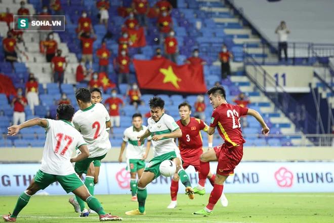 """""""Vũ khí"""" lợi hại nhất của tuyển Việt Nam khiến cả châu Á ấn tượng, tuyển UAE phải dè chừng - Ảnh 1."""