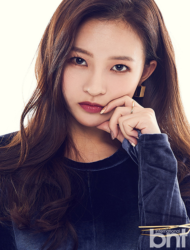 """Nam thần điện ảnh mới đến từ YG Jang Ki Yong: Na ná Hyun Bin, trùng hợp sắp """"yêu"""" Song Hye Kyo, nghi chen vào cặp đôi Reply 1988 - Ảnh 28."""