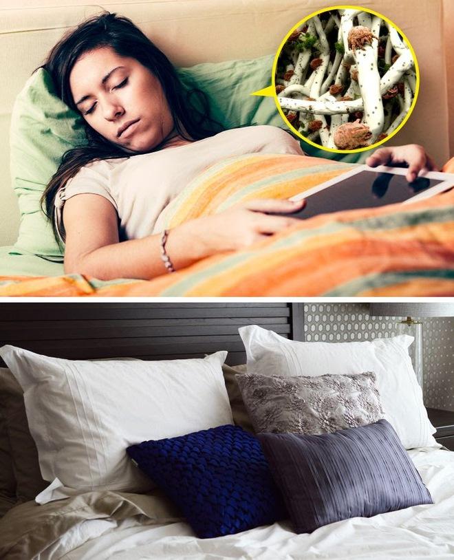 7 đồ vật luôn kề vai, sát cổ bên bạn có thể trở thành ổ vi khuẩn nếu không được vệ sinh thường xuyên - ảnh 1