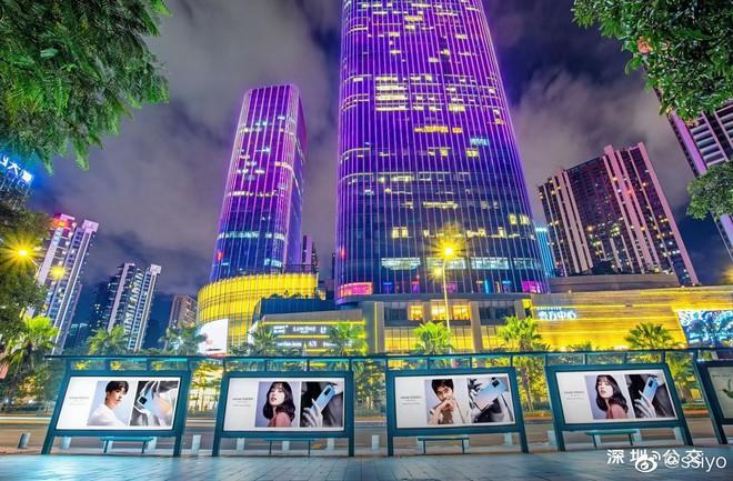 Choáng ngợp với hình ảnh của Lisa (BLACKPINK) phủ sóng khắp mọi nơi tại Trung Quốc - ảnh 7