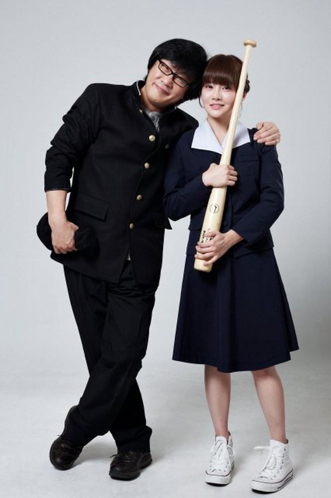 Hội idol con nhà nòi gia thế khủng: Chị cả T-ara nhà 6 người toàn sao nổi tiếng, bố của mỹ nhân TWICE là đầu bếp của Tổng thống - Ảnh 8.