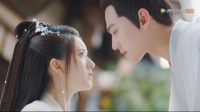 Sao nữ Như Ý Truyện lập mưu chà đạp Triệu Lộ Tư ở phim mới, tự ví mình là bản sao của đệ nhất mỹ nhân TVB? - ảnh 1