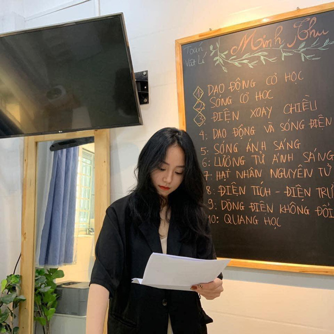 Nhan sắc của cô giáo Minh Thu khi sống ảo và trên livestream cách biệt thế nào? - ảnh 5