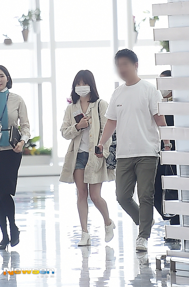 Bóc mẽ Song Hye Kyo: Ảnh thời trang khác hẳn đời thực với chiều cao gây lú, nhìn đôi chân mà haizzz - ảnh 22