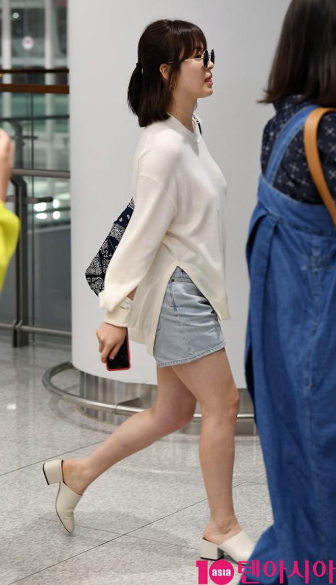 Bóc mẽ Song Hye Kyo: Ảnh thời trang khác hẳn đời thực với chiều cao gây lú, nhìn đôi chân mà haizzz - ảnh 20