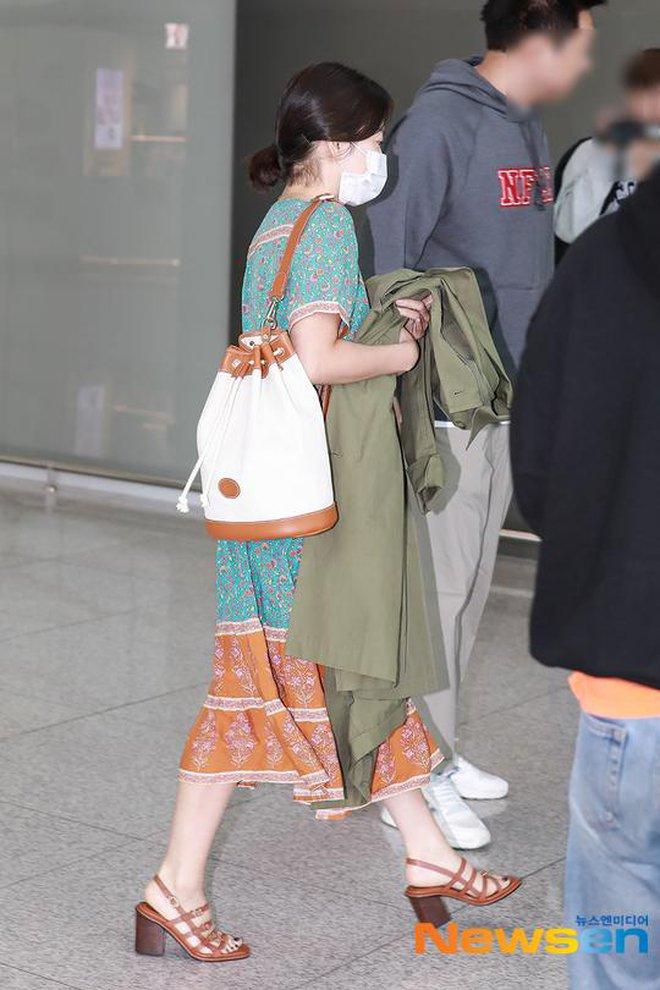Bóc mẽ Song Hye Kyo: Ảnh thời trang khác hẳn đời thực với chiều cao gây lú, nhìn đôi chân mà haizzz - ảnh 17