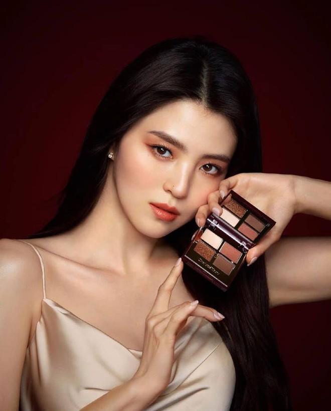 Sắc sảo lạnh lùng hay ngây thơ trong sáng mới hợp với Han So Hee, mời bạn phân định công tâm - ảnh 3