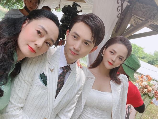 Lộ hậu trường đám cưới Long - Nam (Hương Vị Tình Thân), fan khỏi lo anh chị nhà bị chia rẽ? - ảnh 3