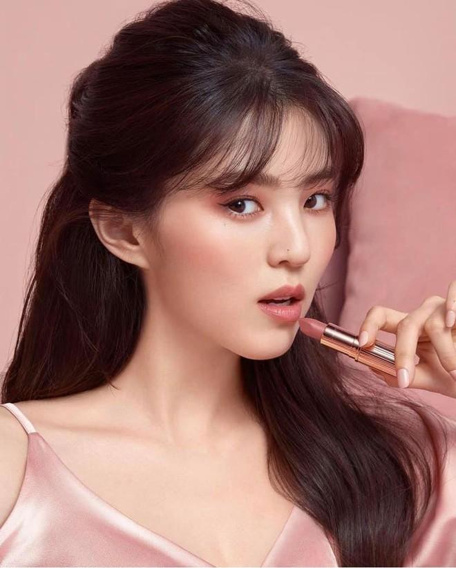 Sắc sảo lạnh lùng hay ngây thơ trong sáng mới hợp với Han So Hee, mời bạn phân định công tâm - ảnh 1
