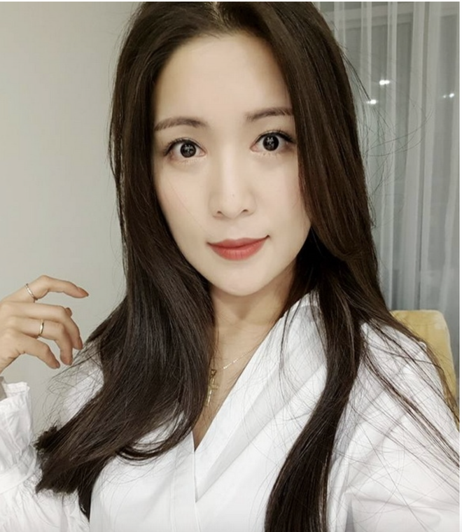 8 năm sau khi Wanbi Tuấn Anh qua đời, cuộc sống của bạn gái người Hàn Quốc hiện tại ra sao? - ảnh 14