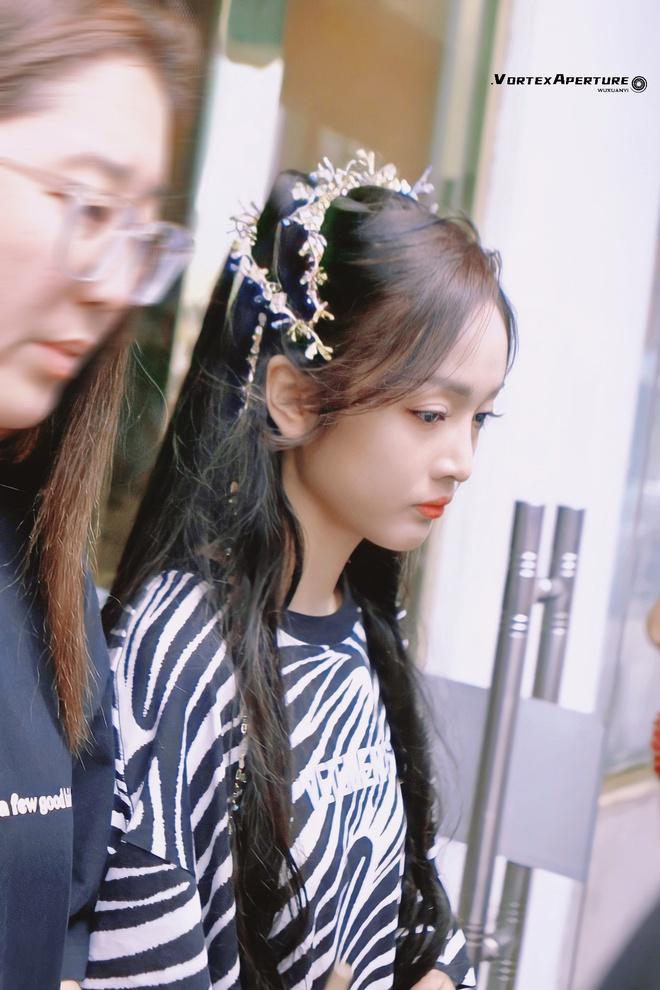 Ngô Tuyên Nghi xinh ơi là xinh ở phim mới, netizen buông lời: Ngắm thôi chứ phát ngôn sảng lắm! - ảnh 2