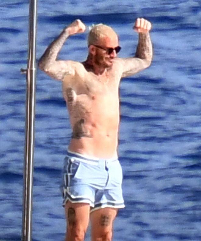 Bố con Beckham đi du thuyền vi vu nước Ý: Harper phổng phao, Cruz tóc hồng chói nhưng vẫn chịu thua ông bố David mlem - ảnh 5