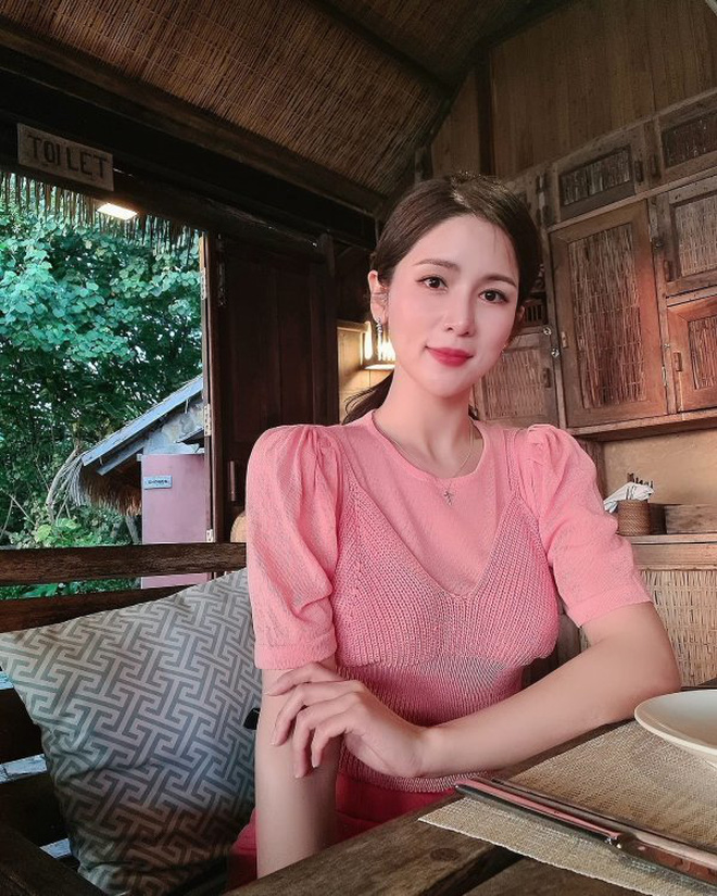 8 năm sau khi Wanbi Tuấn Anh qua đời, cuộc sống của bạn gái người Hàn Quốc hiện tại ra sao? - ảnh 19