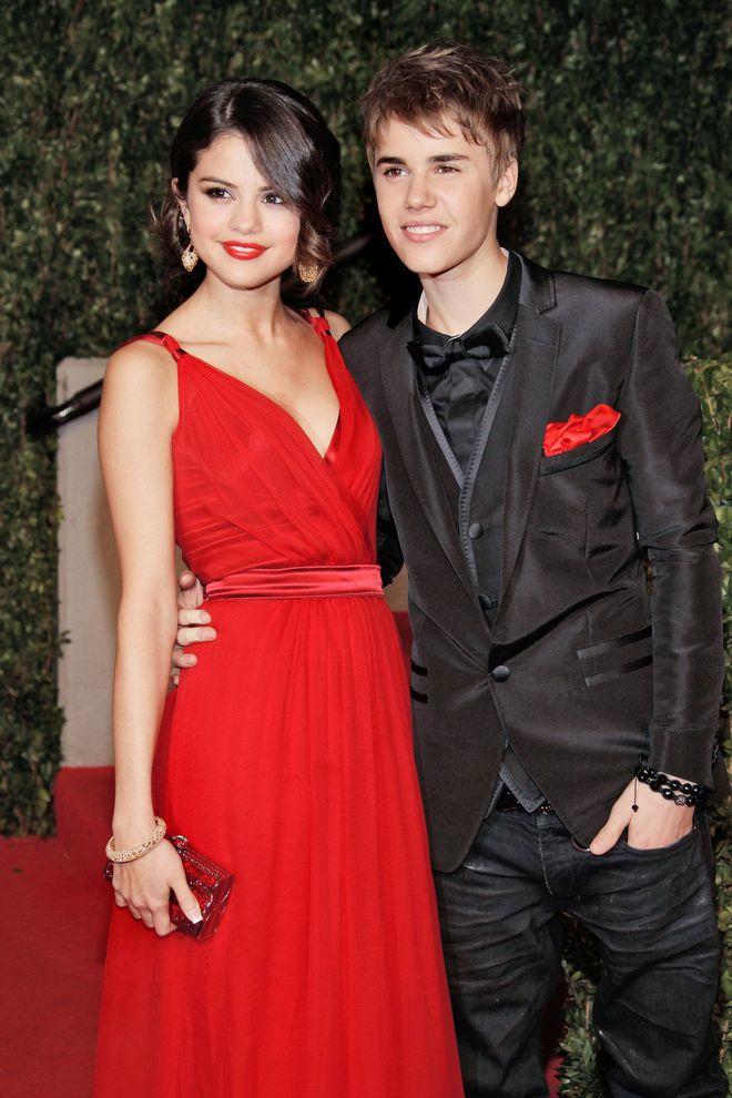 Selena Gomez và 9 bạn trai quá hot: Justin nhập nhằng bị Charlie Puth dằn mặt, The Weeknd quá tốt nhưng không khác gì Orlando - ảnh 1