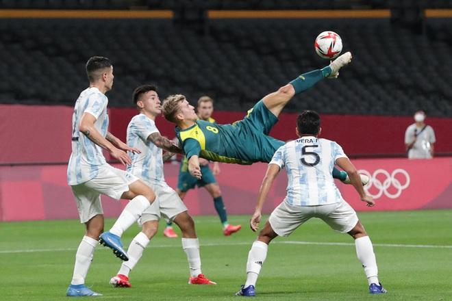 Thế hệ đàn em của Messi thua đội tuyển mạnh nhất Đông Nam Á ở trận mở màn Olympic 2020 - ảnh 6