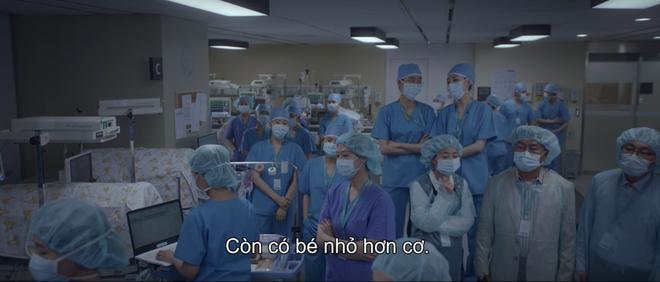 Hospital Playlist 2 tập 6: Hội F5 bóc phốt quá khứ đen tối, cặp đôi Vườn Đông chuẩn bị kết hôn? - ảnh 14